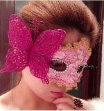 Bella mascherina per la signora al partito di Halloween