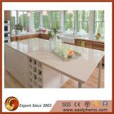Partie supérieure du comptoir blanche de cuisine/salle de bains de pierre de quartz