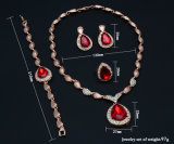 L'insieme indiano dei monili degli anelli degli orecchini del braccialetto della collana, oro di disegno ha placcato specialmente l'insieme dei monili