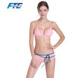 Biquini cor-de-rosa do Swimwear da corda das senhoras as mais atrasadas com mais baixo MOQ