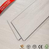 Cliquez sur un revêtement de sol en vinyle à Kuala Lumpur 4mm 3mm 2mm de PVC Flooring