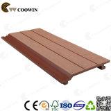 Revêtement en bois de mur de modèle de surface neuve de cannelure