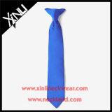 Clip tessuta seta perfetta del nodo 100% sulle cravatte