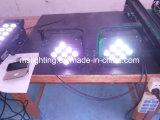 O diodo emissor de luz Plat a luz Multi-Color clara da arruela da parede do diodo emissor de luz de PAR/Stage 7*10W RGBW 4in1
