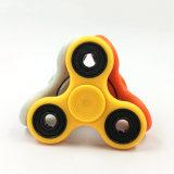 2017 Tendencia de los productos Cojinete de cerámica Fidget Spinner ABS Tri-Spinner escritorio Focus Toy