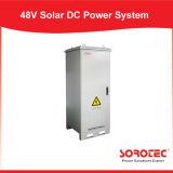 MPPTの発電所のための太陽料金のコントローラが付いている格子太陽エネルギーシステムを離れた220VAC 50A 48VDC
