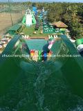 Большие скольжения парка воды