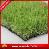 Ajardinar el césped sintetizado para la hierba artificial del jardín