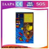Equipamento interno do campo de jogos do navio pequeno (QL-17-8)