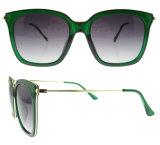 Óculos de sol plásticos polarizados costume China dos óculos de sol por atacado