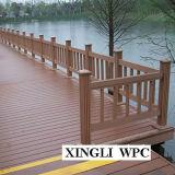 Composé en plastique en bois de coût de maintenance inférieur