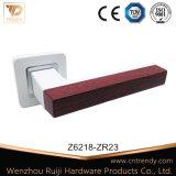 Nouveau design, poignée de porte en alliage de zinc sur le carré rose (Z6214-ZR23)