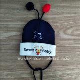 La morbidezza su ordinazione all'ingrosso avverte il cappello del Beanie del Knit del bambino in inverno