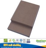 De samengestelde Houten Bevloering van het Dek van Planken WPC Samengestelde Houten Plastic
