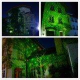 Roter und grüner statischer Leuchtkäfer-im Freienweihnachtself-Laserlicht