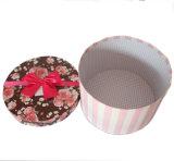 Rectángulo redondo reciclado de la flor de la cartulina con la cinta/el regalo de boda