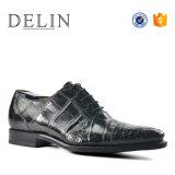 Delin Croc de chaussures en cuir de haute qualité pour les hommes à Guanzhou