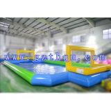遊ぶことのためのバスケットボールの膨脹可能な石鹸のフットボール競技場か膨脹可能なフットボールの運動場