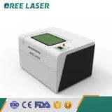 Gemakkelijk stel 40 60 80W 500*300/600*500mm MiniLaser in werking die Scherpe Machine in Laser Oree graveren