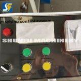 A máquina de dobramento da máquina do guardanapo do restaurante para faz o tecido do guardanapo do guardanapo