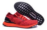 Los hombres de color rojo cálido impulso Ultra 1: 1 Calzado deportivo con alta calidad