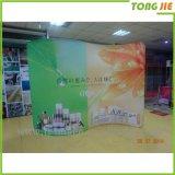 Le tissu fait sur commande d'usine de la Chine sautent vers le haut le stand de drapeau d'étalage de mur