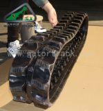 a máquina escavadora 180*72k segue as trilhas de borracha
