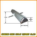 Il basamento di alluminio rotola in su la bandiera per la promozione