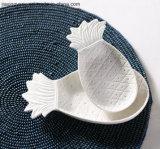 Placa de la decoración del vector de la piña (blanca)
