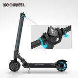 Individu électrique sec de scooter de deux roues équilibrant le scooter d'E