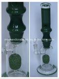 마이크 Perc를 가진 녹색 대나무 연기가 나는 유리제 관