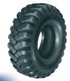 15.5-20 15.0-21 1300X530-533 1500X600-635 1600X600-685 Heavy Land Cross Tire/Super Military Truck Tire/Schweres-Duty nicht für den Straßenverkehr Tire (E-1 E-2)