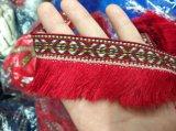 Frangia alla moda della nappa di modo piccola per gli accessori dell'indumento