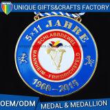 Il metallo antico mette in mostra la medaglia per concorrenza