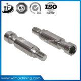 CNC機械中心によるステンレス鋼の精密機械化シャフト
