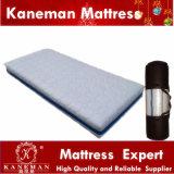 Foam Mattressの上の携帯用Vacuum Compress Roll