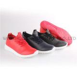 Новые ботинки спорта способа женщин/людей типа