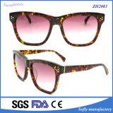 De hoge Acetaat van het Eind combineert Houten Zonnebril Van uitstekende kwaliteit