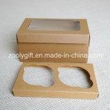Sacar el rectángulo de papel de la magdalena del papel de la cartulina de Kraft del rectángulo de la magdalena con la pieza inserta y la ventana clara