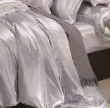 De zilveren Grijze Reeks Oeko tex-100 van de Elegantie de Naadloze Reeks van het Beddegoed van het Blad van het Linnen van het Bed van de Zijde van de Moerbeiboom van 22mm 100%