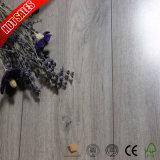Hölzerner lamellenförmig angeordneter hölzerner Code der Korn-Oberflächen-8mm des Bodenbelag-HS