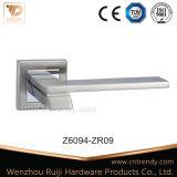 직선 니켈 크롬 색깔 아연 합금 문 레버 손잡이 (Z6313-ZR17)