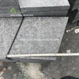 Flooring、WallingおよびPavingのための炎にあてられたBrushed Black Basalt Diamond Shape Tiles