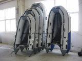 Barcos 2017 de pesca inflables de la fábrica 0.9mm-1.2m m PVC/Hypalon de Weihai con el suelo de la madera contrachapada para la venta