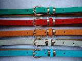 Fashion cuir synthétique de la broche boucle décorative des hommes de la courroie accessoires du vêtement