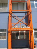 Une lourde charge Cergo verticale plate-forme de fret hydraulique de levage