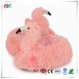Pistoni sfocati della peluche animale del fenicottero di formato del capretto dei bambini & dell'adulto