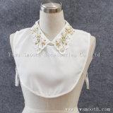 ラインストーンが付いている取り外し可能で黒く白い方法女性のワイシャツの擬似カラー