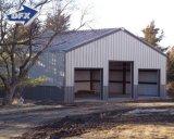立っている組立て式に作られた前に設計の軽い鉄骨構造の金属の木造家屋は絶食する
