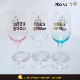 Het nieuwe Glasheldere Glas van de Wijn met de Druk van de Folie